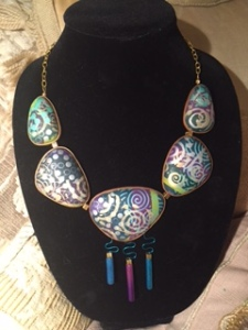 Beautiful neckpiece by Susan Gross